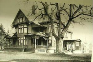 Historical Image of Oliver House