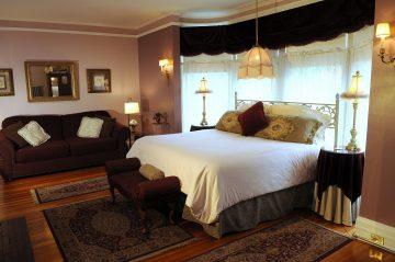 Oliver Inn - James Oliver Room