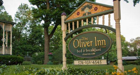 Oliver-Inn-sign