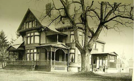 old photo of oliver inn